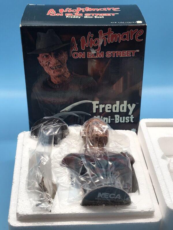 Neca A Nightmare On Elm Street - Freddy Krueger Mini Bust Statue