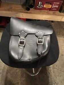 Harley oem side saddlebag