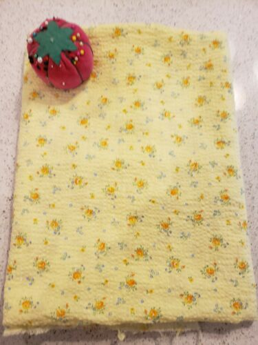 Vintage 1950s Cotton Plisse with Dainty Flowers - 1 Yard 14 Inches  x 35 WOF