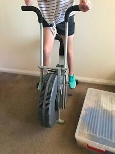 AP sports exercise bike