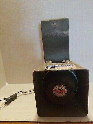 Whelen 100 Watt 122 Db Aluminum Speaker Sa-122db Siren W Bracket