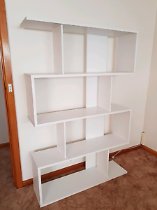 Book Shelve Howrah Clarence Area Preview