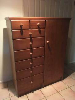 Child's Wardrobe with Drawers