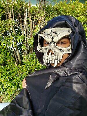 Vampire half skull , halloween party mask, carnival, Renaissance , venetian Mask - Vampire Skull Mask