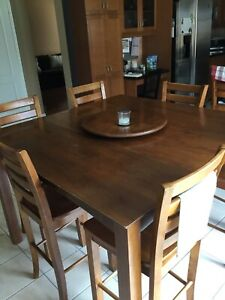 Pub style kitchen table with 8 chairs