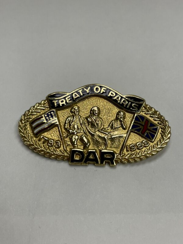 Daughters of the American Revolution Treaty Of Paris Commemorative pin