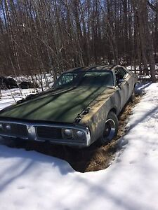 73' Dodge Charger (Project)