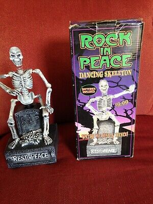 "2000 Halloween Animated ""Rock In Peace"" Dancing-Laughing Musical Skeleton"