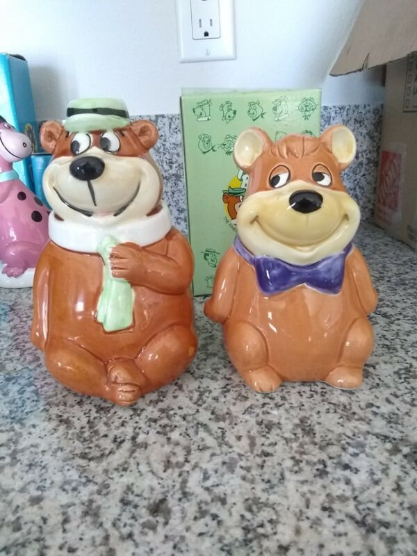 Harry James Ceramic Yogie Bear & Boo Boo coin banks