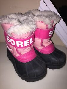 Toddler size 7 Sorel winter boots