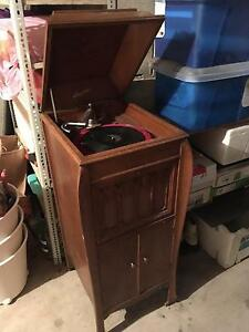 Vintage Wind-up Gramophone Hornsby Hornsby Area Preview