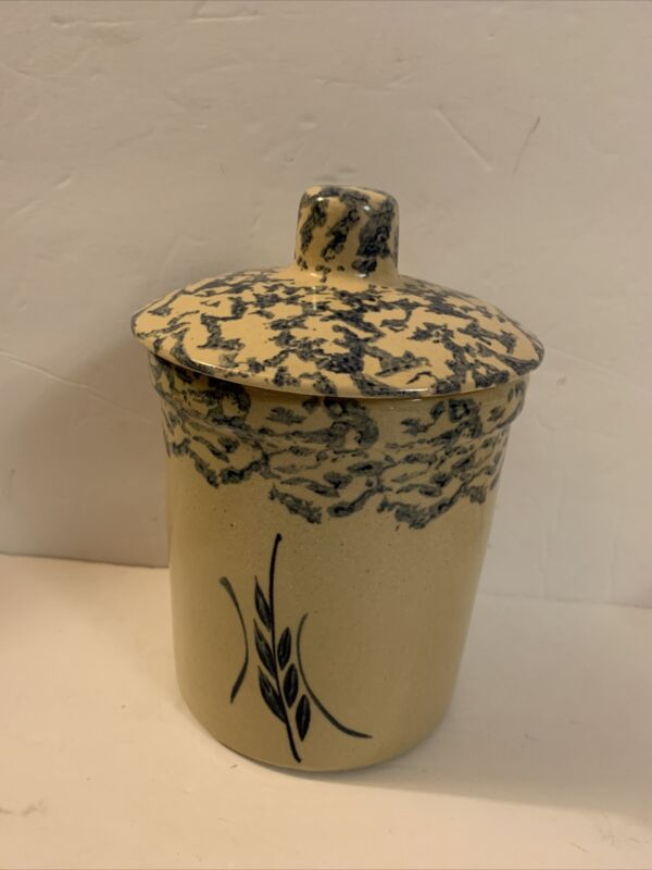 "R.R.P.& Co. Spongeware Jar With Lid , H,7"" made Roseville,Ohio"