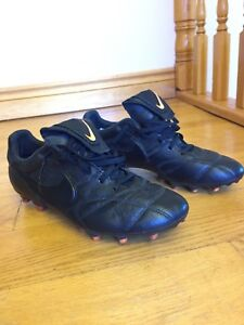 Nike Soccer Cleats Premier Tiempo