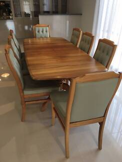 DINING SETTING-9 PIECE (extendable)