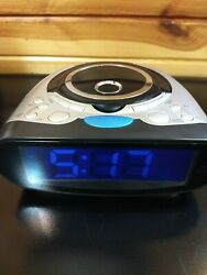 Used 2008 RadioShack AM/FM CD Player Radio Digital Alarm Clock Snooze and Sleep