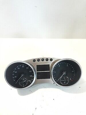 Mercedes ML W164 3.0 CDI Tachometer A2C53168071 Original 2011 Jahr Rhd