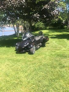SOLD 2013 CanAm Spyder ST Limited
