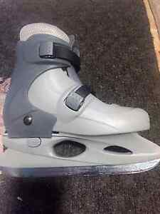 CCM Tyke Adjustable Skates- Size L (sizes 2-4) Peterborough Peterborough Area image 2