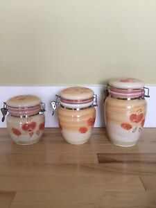 Ceramic storage canisters