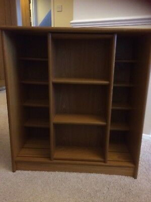 Oak CD / DVD CABINET , used for sale  Huntingdon