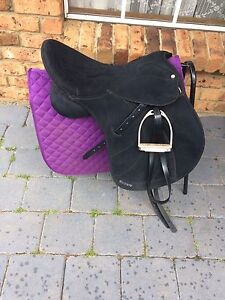 Wintec lite 17.5inch all purpose saddle Perth Northern Midlands Preview
