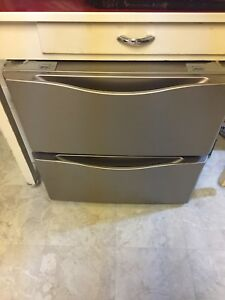 Washer/dryer drawers
