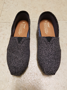 New Womens Toms Black Grey Classic Textile Shoes Canvas Slip On Hillarys Joondalup Area Preview