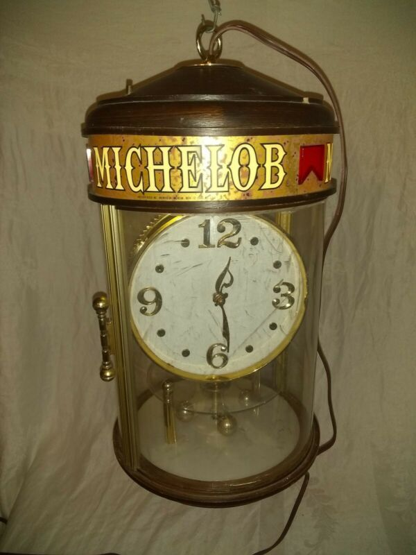 VINTAGE MICHELOB BEER ANHEUSER BUSCH MOTION SPINNING LIGHTED CLOCK SIGN
