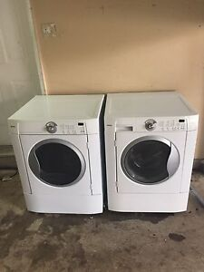 KENMORE Washer/Dryer perfect condition can DELIVER
