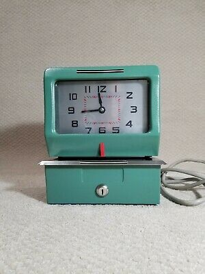 Acroprint Time Recorder Time Clock Model 125nr4 No Key Vintage