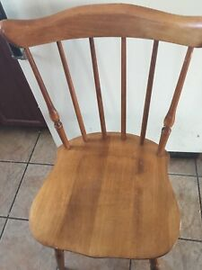 Solid wood  kitchen table chair excondion