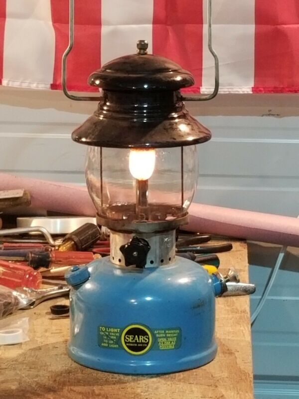 Working Near Mint Sears Lantern 476.74550 Blue / Black 4/66 Single Mantle