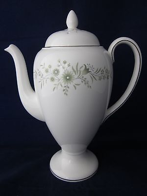 Wedgwood WESTBURY R4410 Coffe Pot with Lid ~ EXCELLENT