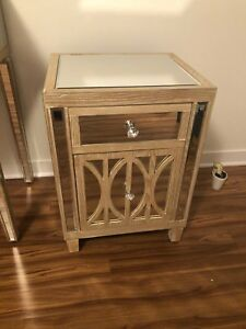 BRAND NEW NIGHTSTANDS / DRESSING TABLE