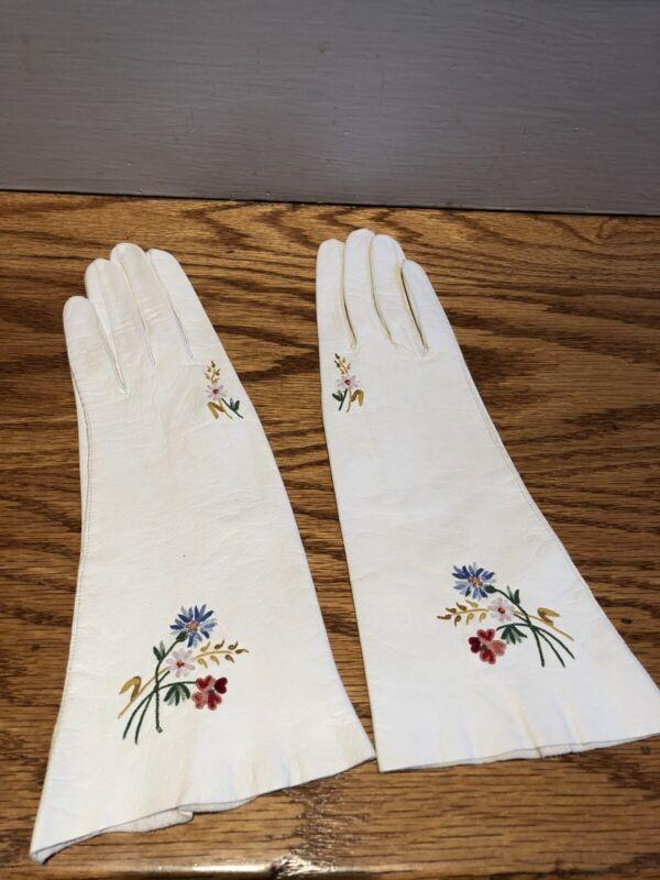 """Vintage White Kidskin Leather Embroidered Floral Gloves 11"""" France Sz 6 1/4"""""""