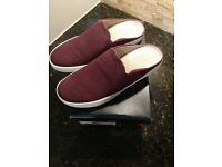 Carvela Manor 0869200109 Women/'s Black Leather Flats