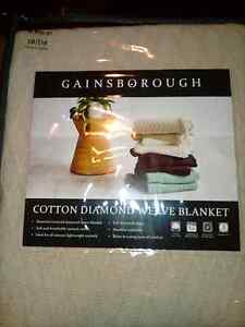 Gainsborough cotton diamond weave blanket brand new Safety Bay Rockingham Area Preview