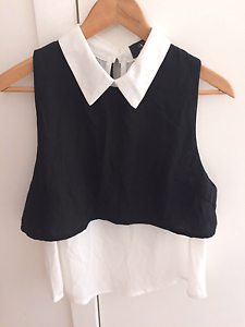 Black and White sleeveless blouse size M Nundah Brisbane North East Preview