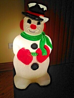 ADORABLE VINTAGE SNOWMAN LIGHTED BLOW MOLD FROM GRAND VENTURE 1999