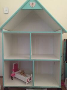 Barbie house and accessories Wellard Kwinana Area Preview