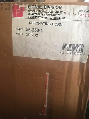 New Federal Signal 56-250-1 Resonating Horn 250vdc Gray Dc Series A3
