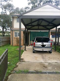 3bdr townhouse want to swap  Rosemeadow Campbelltown Area Preview
