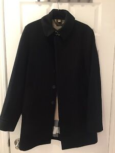 Man Burberry wool coat size small