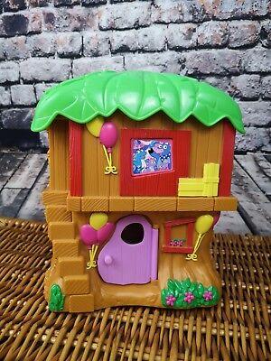 Dora the Explorer Tree House Play Set. With Figures. Fold away. Mini playset