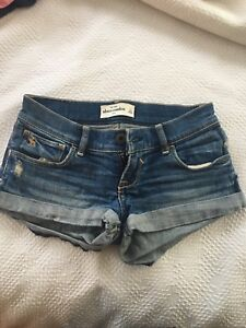Girls Abercrombie/roots shorts and t shirts