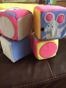 Cubes d'éveil IKEA