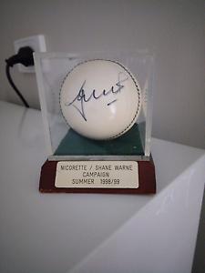 Shane Warne signed cricket ball Keilor Brimbank Area Preview