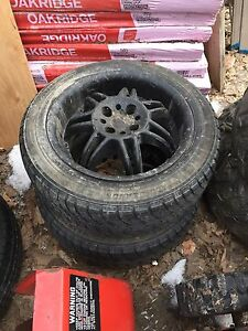 "Two 15""  MOMO rims with good 195 55 15 Tires"