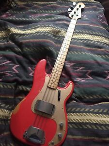 Fender Roadworn Precision Bass Fiesta Red