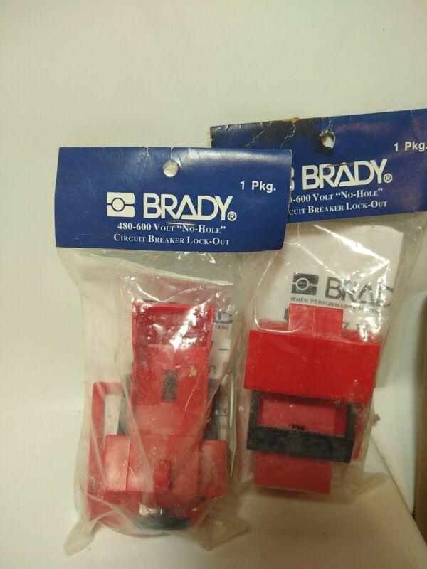 2 BRADY 65397 480-600V NO HOLE CIRCUIT BREAKER LOCK-OUTS